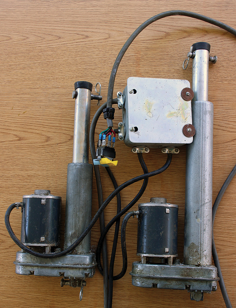 Animatronics For The Do It Yourselfer Ins And Outs Of Making Forward Reverse Motor Control Diagram Set Shown In Figure 3 Was Given To Me By A Friend Who Thought I Could Use Them Am Thrilled When My Friends Think As They Come Across Items Like